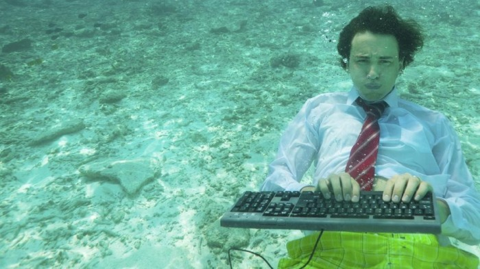 businessman-keyboard-underwater